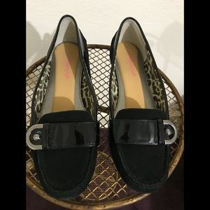 Joan & David black loafers. 8m