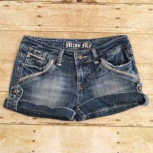 Short Miss Me denim shorts, size 26