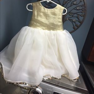 Other - Flower girl dress size 2t