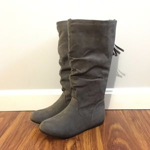 Sonoma Girls Tall Suede Gray Boots Size 2