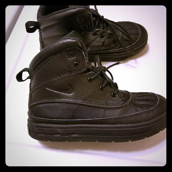 56% De Zapatos Descuento Nike Zapatos De Niños Botas Poshmark a52681