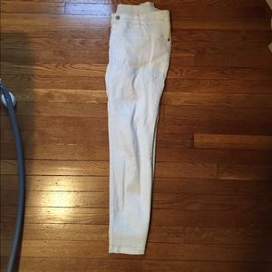 Pants - Maternity white ankle pants