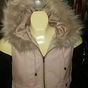 Jackets & Blazers - Forever 21 faux fur hoodie vest