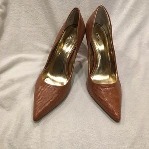 Style & Co Heels in Tawny