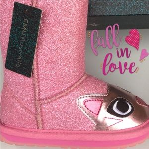"""New Boots For Her From Emu """"Kitty Kat"""" ❤️❤️❤️❤️❤️"""