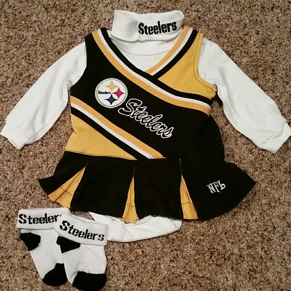 Pittsburgh Steelers Girl s Cheerleader outfit. M 5a022ab856b2d6effc034361 46df34824