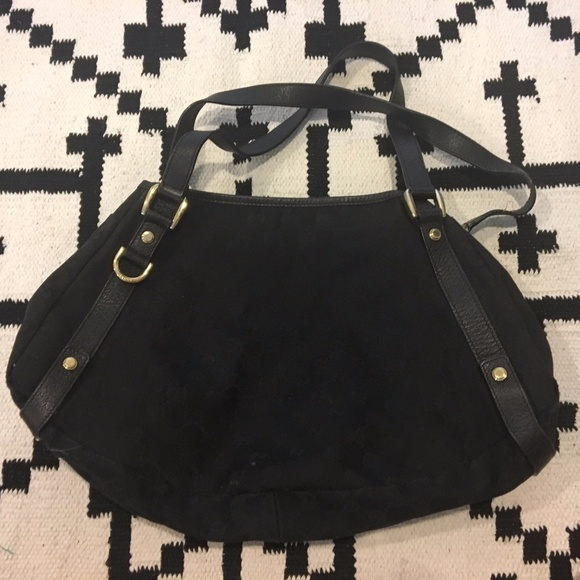 Gucci Handbags - Gucci black buckle purse