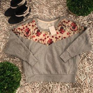 🐘Free People floral lace sweater XS