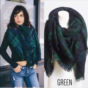 Kyoot Klothing Accessories - 🆕Green Tartan Blanket Scarf