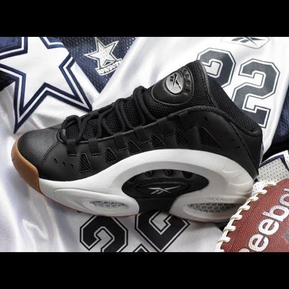 c3c3009c8d88 Genuine Reebok Throwback Emmitt Smith ES22