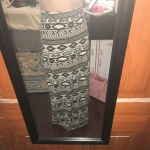 Dresses & Skirts - Tribal print maxi skirt