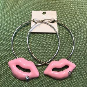 Jewelry - Lip hoop earrings