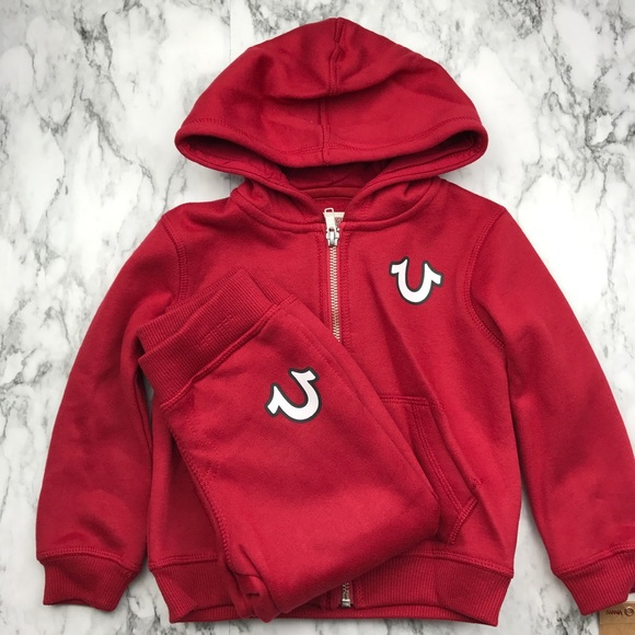 11ca01217 TRUE RELIGION toddlers red hoodie and pants set