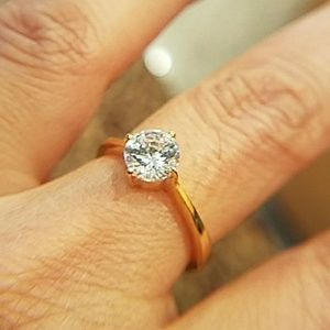 Jewelry - 1ct Round Solitaire CZ Engagement Ring Size 8