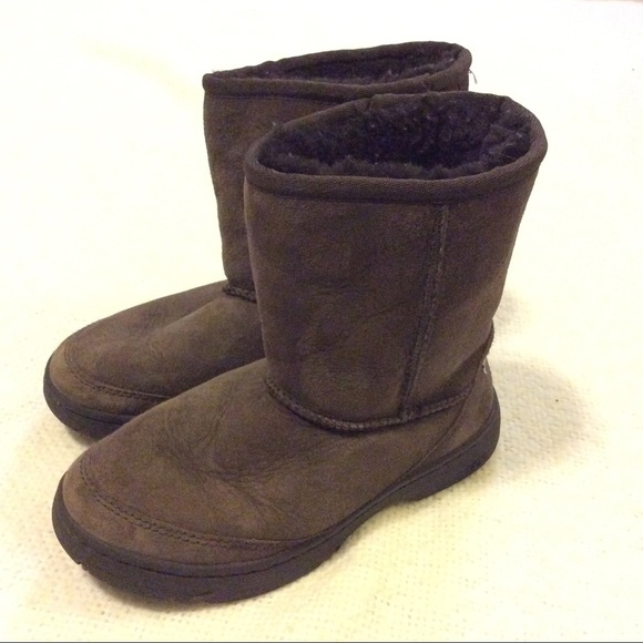 bea1b93e059 🎀 UGG Ultimate Short Boots 🎀