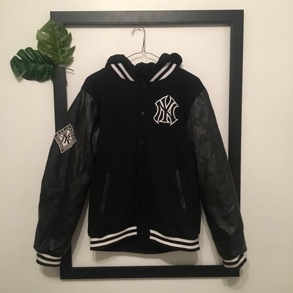 9c9eea01de4 Majestic Other - NY Yankees Black Leather Majestic Varsity Coat