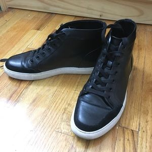 Kenneth Cole Reaction black sneakers