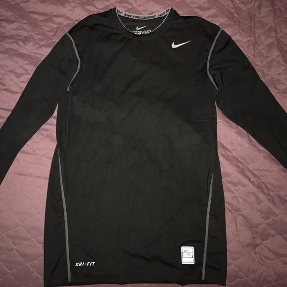 c45df843 Men's Nike Pro combat Dri Fit long sleeve shirt. M_5a0269916a5830f2e2048706