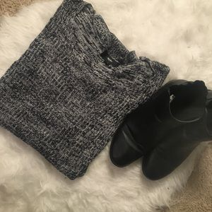 Sweaters - Distressed Heather Grey oversized Sweater
