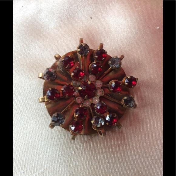 e7e3897988163 Vintage Red Sapphire Stones Gold Tone Starburst
