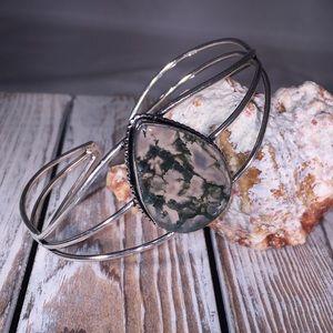 Jewelry - NWOT Moss Agate Cuff Bracelet – Green WG6110