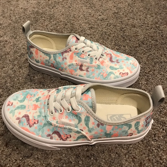 78bddf925bd1 Mermaid Glitter Vans kids new without tags. M 5a029989620ff7b2a605a33e