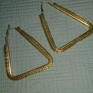 Jewelry - Triangular hoop earrings.