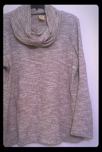 Large black and white warm sweater