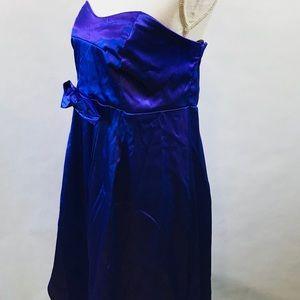 Torrid Women's Dress Strapless SZ 18 Purple Bow