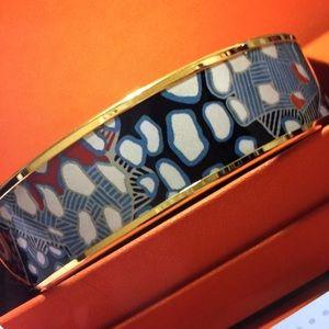 Hermes Wide Enamel Bracelet‼️Sale‼️