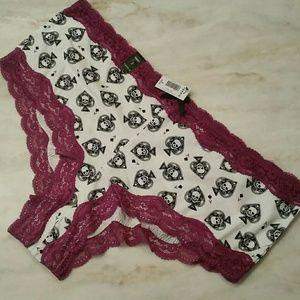 Cheeky cotton panties