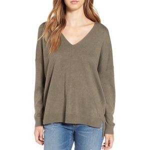 85ab2bdfa00 Nordstrom Sweaters - Leith V neck sweater