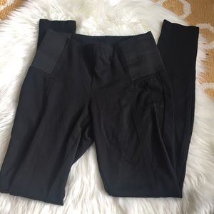 black kut from the kloth pants size S