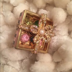 Betsey Johnson candy box ring that opens!
