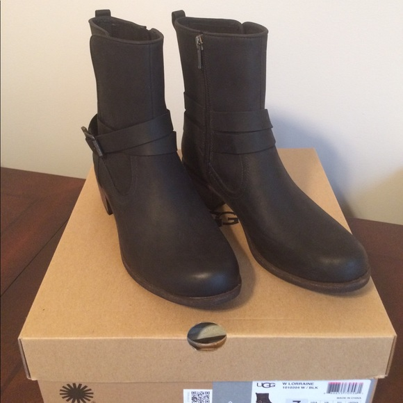 7c6a67dd6a5 UGG Lorraine Black Boots