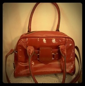 LONDON FOG Red Hand Bag 🎀🎀