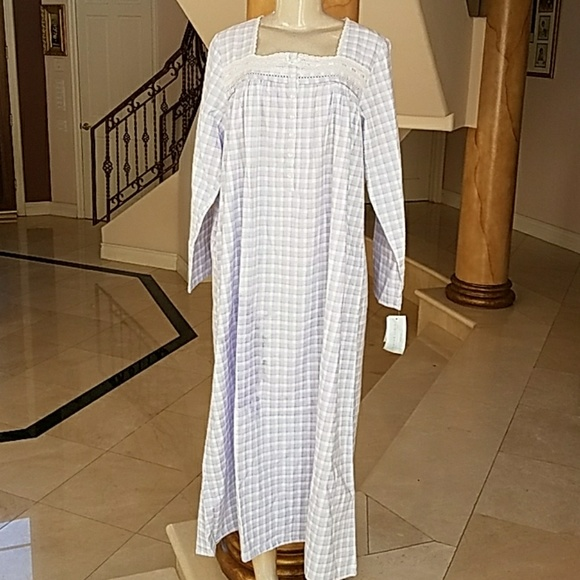 cd3a08787f Earth Angel long nightgown Pajamas size M