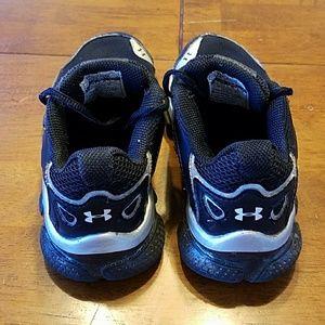 Taille Bambin 11 Sous Les Chaussures D'armure AGWFpKX6C