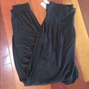 4b233e474cd05 ALO Yoga Pants - NWT ALO Yoga Black intention pants slit side