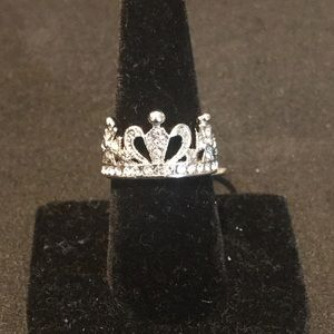 Jewelry - 2 PIECE SILVER & CRYSTAL CROWN RING SET