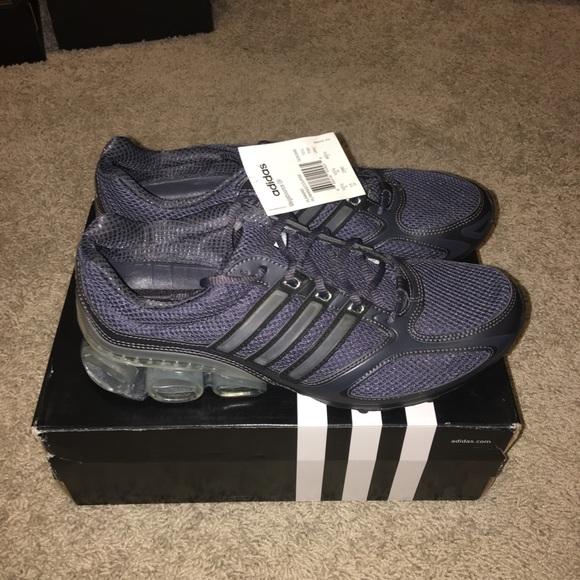 64c16a89ae14d NWT Adidas Mega bounce 09 Shoes