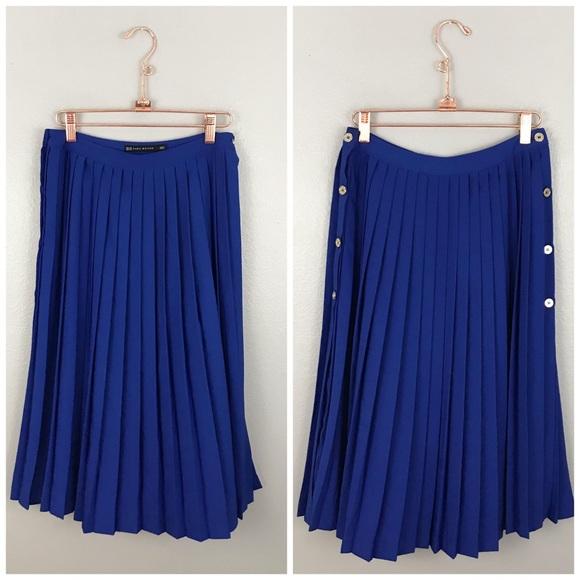 5e8b9fe182 Zara Royal Blue Pleated Side Slit Button Skirt. M_5a035c47bf6df54aa10772ee