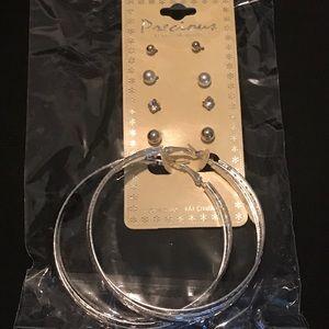Jewelry - 5 PIECE ASSORTED EARRINGS