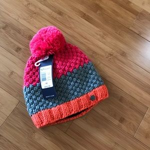 Roxy pink Pom winter hat fleece lined NWT