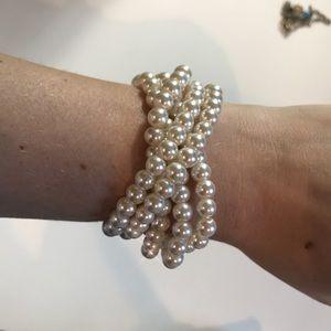 5 elastic pearl bracelets