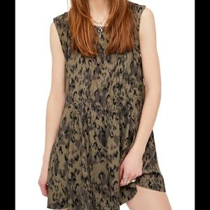 ❗️SALE NWT Free People Love Minidress