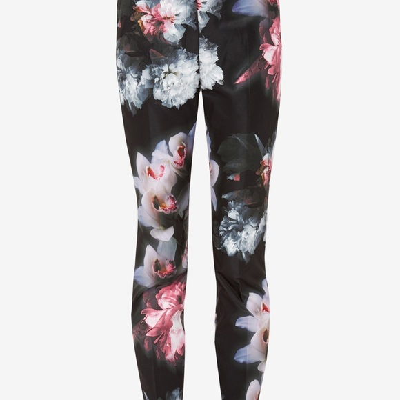 ba38cdf47f8e Ted Baker Posie crop floral print trouser