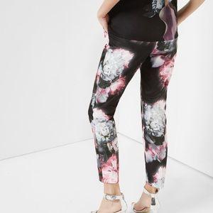 ee37d3c31 Ted Baker London Pants - New! Ted Baker Posie crop floral print trouser