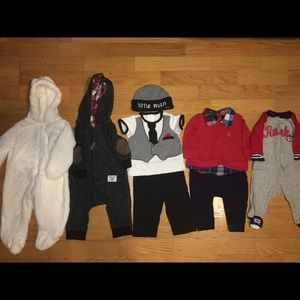 Bundle  of baby clothes of 0-6 months