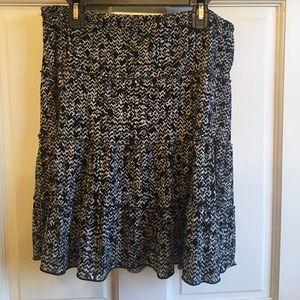 Sophie Max black pull on skirt